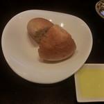 鉄板ふくもと - パン