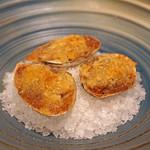 72437507 - 白貝のアーモンドマッシュルームのバター焼き