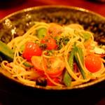 ブリック - タコと夏野菜のペペロンチーノ