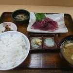 斎太郎食堂 - 料理写真:日替わり カツオの刺身定食