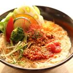 オーガニックカフェ・ラムノ - ベジ担々麺(夜限定)