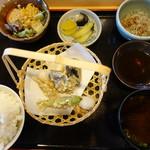 ともやん - 料理写真:焼魚定食@900