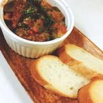ブリック - ナスと挽肉のトマト煮