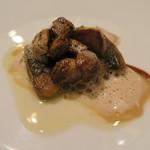シャントレル - 29年8月 熊本天然鰻、セップ茸 茸クリームソース・焦がしバター