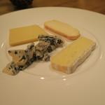 シャントレル - 29年8月 チーズ盛合せ