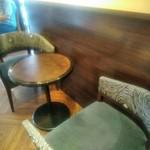 サンマルクカフェ - [内観] 店内 テーブル席 ①