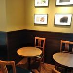 サンマルクカフェ - [内観] 店内 テーブル席 ③