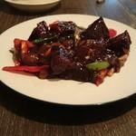 中華 本田 - 牛ほほ肉の炒め煮