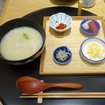 おだし東京 - 博多一番どりの朝粥(580円)