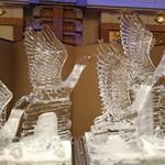 72472429 - 氷の彫刻