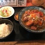 蕎麦さんかく - モツ煮込み蕎麦(温)定食(900円)