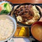 ぴらみっと - 料理写真:焼肉定食 1620円