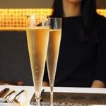 NARITA YUTAKA - シャンパン