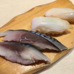 沼津 魚がし鮨 流れ鮨 - 2017年8月 しめ鯖、つぶ貝
