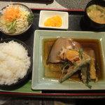 彩 - カレイの煮付け定食