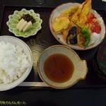 いちりきや - 天ぷら定食。全景。(2017/8/6)