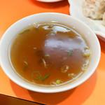 松楽 - 炒飯のスープ