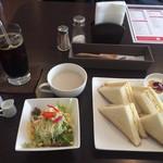 ぷくぷく喫茶 - 料理写真:サンドイッチモーニング