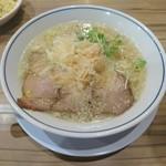 らーめん鱗 - 料理写真:塩らーめん 750円