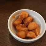 かしわ焼肉 ガラクタ酒場 - 味噌にんにく(162円)