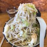 ラーメンショップ - ラウド中 野菜ニンニクカラメ ¥750