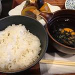 72496351 - ごはん、鯛飯専用のたまごと出し汁