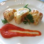 72500924 - 愛媛県産真鯛と松茸のパイ包み焼き 赤パプリカのピュレ チンゲン菜添え