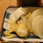 72501453 - 自家製の白菜と大根のお漬物