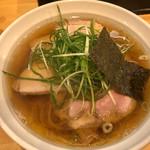 大阪麺哲 - 料理写真:肉醤油(1,000円)