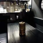 麺屋永吉 花鳥風月 - 奥にあるテーブル席。