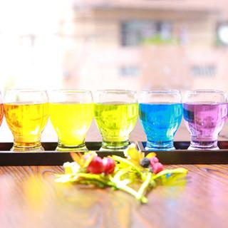 100種類以上の豊富なアルコールドリンクメニュー