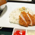 楽膳 - 料理写真:カツカレー