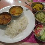 アムダスラビー - 料理