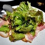 プティ サレ - ブラッツァーレチーズのサラダと自家製ハム