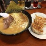北海道ラーメン おやじ - おやじ麺ギョウザセット  1150円