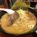 北海道ラーメン おやじ - おやじ麺 (単品800円)