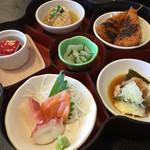 松寿司 - 料理写真:日替わりランチの小鉢