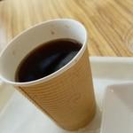 72526778 - ホットコーヒー(50円)です。