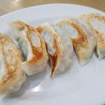 佳名℃ - 晩酌セット(980円・外税)の焼き餃子