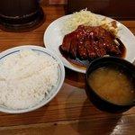 大阪トンテキ - ごはんとみそ汁付き