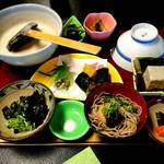 自然薯 茶茶 - とろろ御膳(竹)