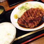 豚々亭 - トンテキ定食 ¥820