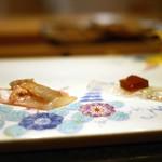 鮓 きずな - アマテ鰈(エンガワと肝・ポン酢ジュレ)