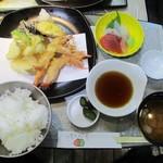 シーダイニング てるてる - 地海老の天ぷら膳(限定10食限定)1,050円(税込)。    2017.09.02