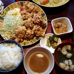 松の家 - から揚げ定食