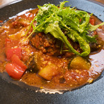 Inazuma Dining - ラム肉の煮込みハンバーグ