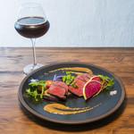 Inazuma Dining - 本州鹿と茄子のステーキ 西洋わさびとチーズのソース