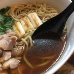 中華そば いぶき - とりそば(1200円)スープ