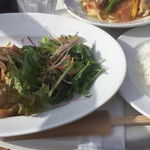 テンラン カフェ - 淡路鶏のビール煮〜季節の野菜を添え