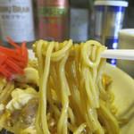 あじたか - シコシコ食感のストレート麺もピッタリマッチ